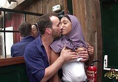 Mencium gadis pirang dengan payudara mom bokep jepang besar.